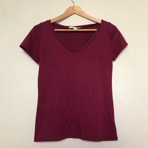 Maroon V-Neck Short Sleeve Top, S || Francesca's